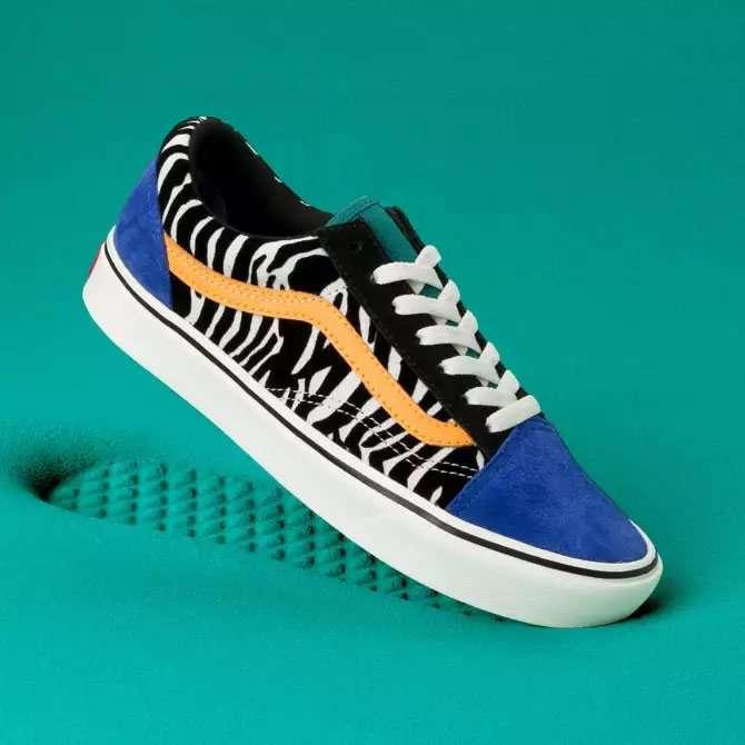 Vans Damen Classic Sneaker Old Skool ComfyCush Zebra